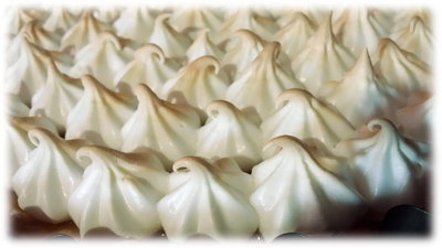 lemon meringue cake 06