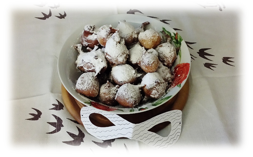 Frittelle di carnevale con uvetta